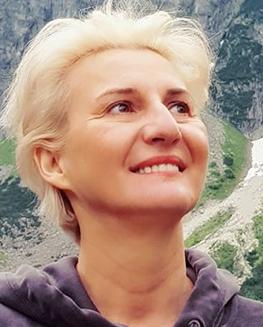 Anita-Modrzejewski-2.jpg